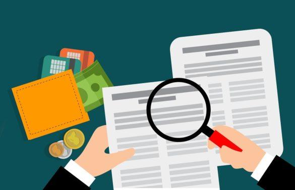 Extrato INSS: ilustração de pessoa segurando uma lupa vendo documentos com uma carteira ao seu lado