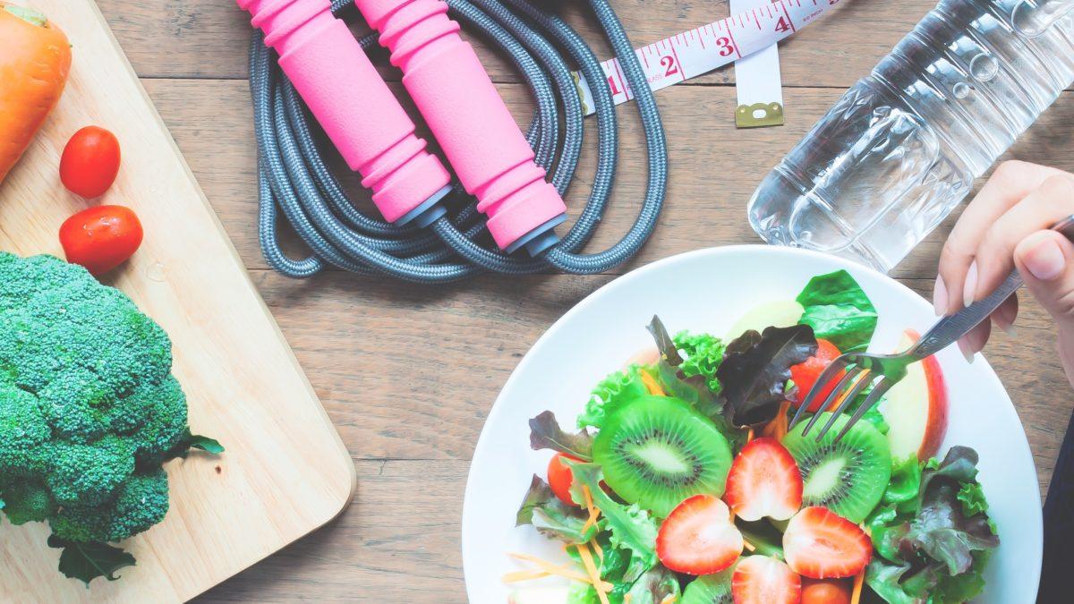 Uma dieta saudável substitui a academia?